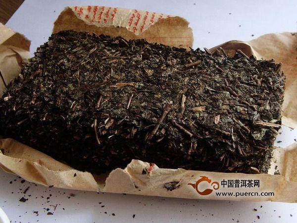 喝黑茶好处这么多,因为含物质丰富