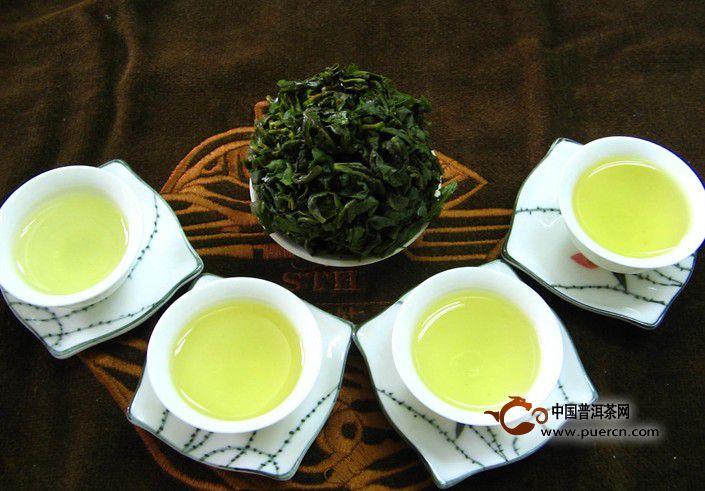 乌龙茶妙用:乌龙茶水去垢