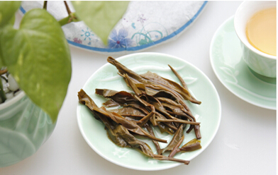 用普洱茶的六味,教你如何品春古