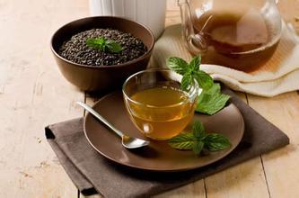 纳西族的油茶罐