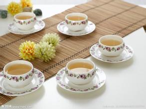 周末午后,品一壶香茶