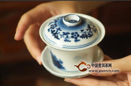 专家建议:晚饭后喝普洱茶,有益健康