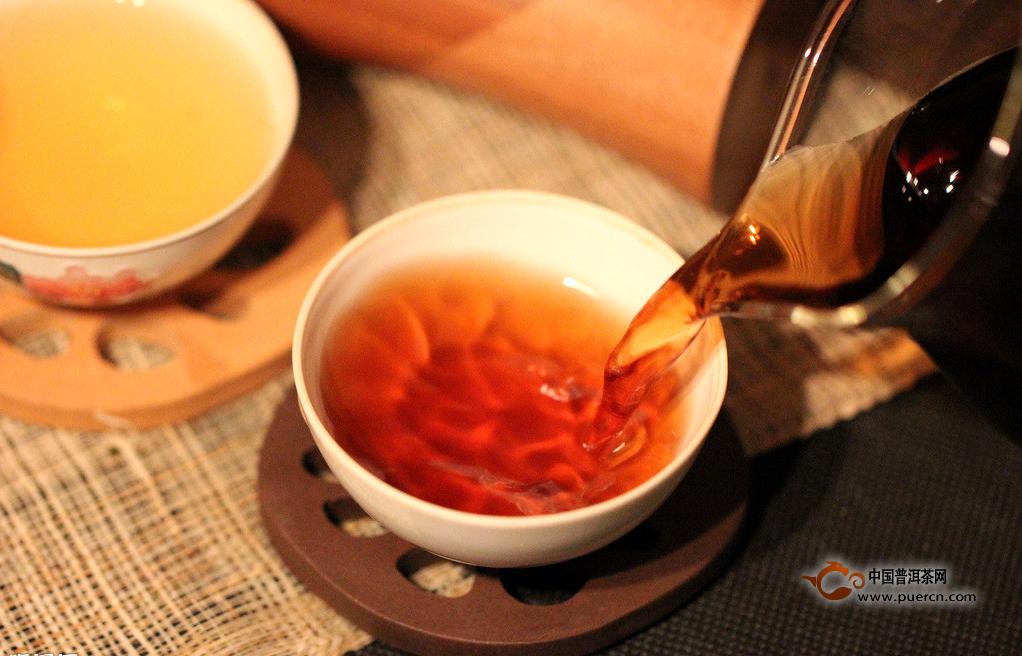 """【普洱茶知多少】大益能稳坐熟茶市场这把""""交椅""""?"""
