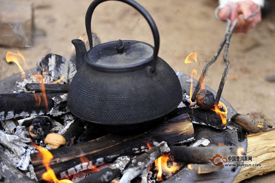 【喝茶话题】:普洱熟茶为什么会越煮越滑?