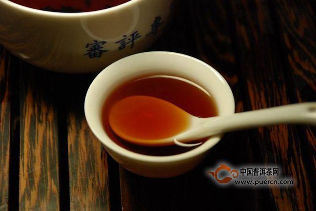 【喝茶话题】:说说盲喝普洱茶这个事