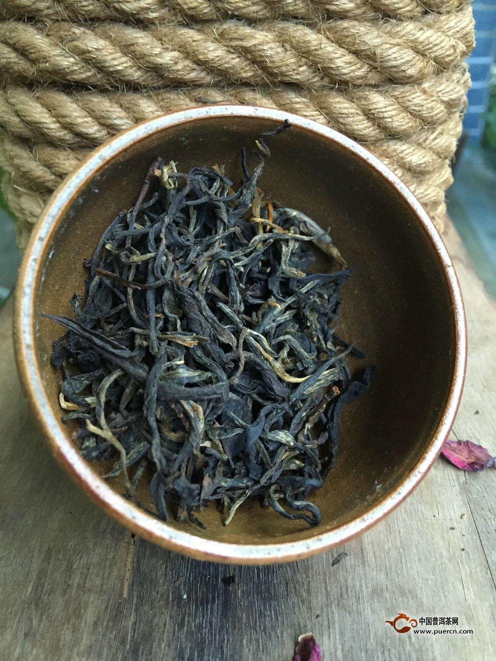 冬季养生茶:古树红茶调饮
