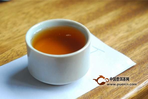 【普洱早课】干仓茶和湿仓茶的区别在哪?如何辨别湿仓?