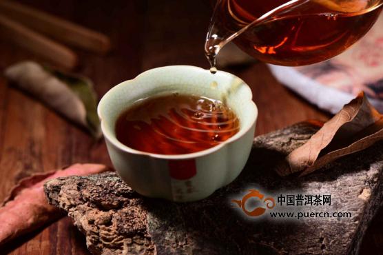 【普洱茶话】普洱茶的十大特点