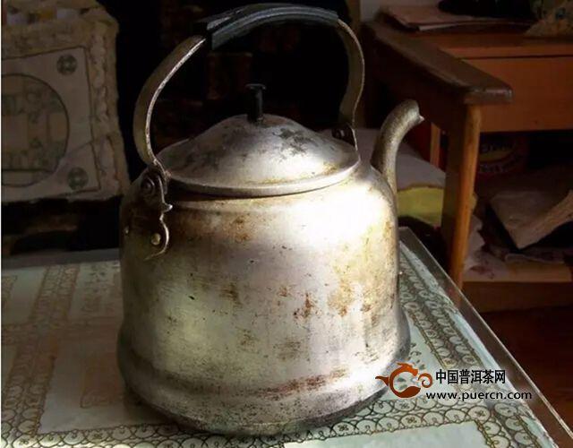 【忠茶·我们】爷爷泡的茶 有一种味道叫做家