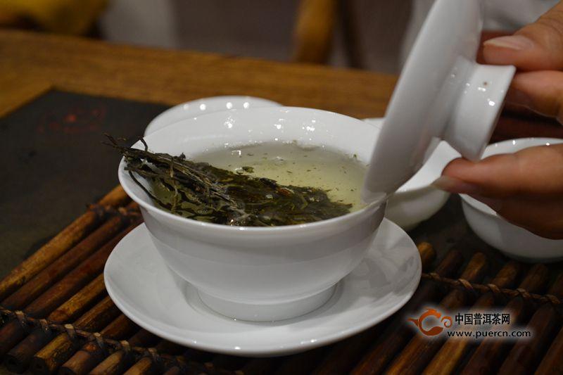冲泡普洱茶的注意事项