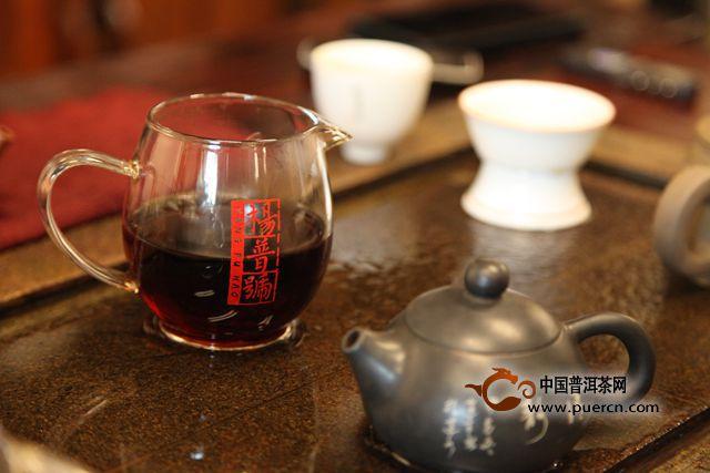 【访谈】杨普号:独辟蹊径  立意先行  以传媒思维做茶