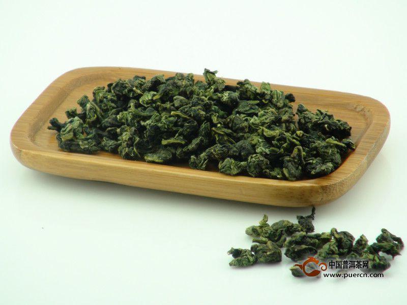 村民们为了表示敬意称呼龙太子为乌龙太子,龙珠化作的茶树为乌龙茶树