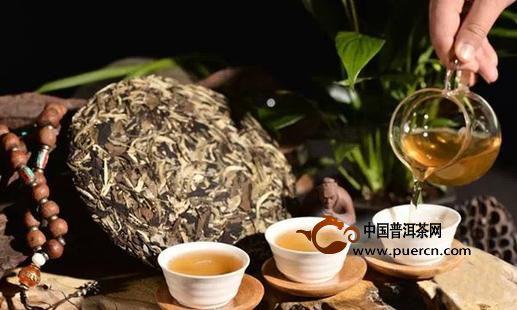 早上空腹喝普洱茶好吗?