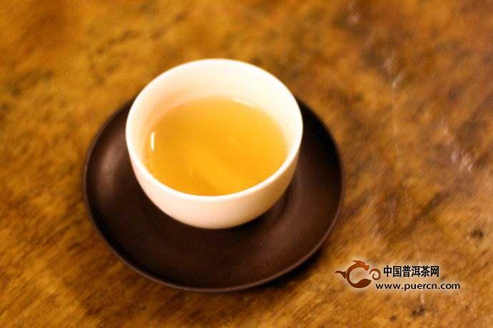 正确的生普洱茶泡法具有提高茶叶净度