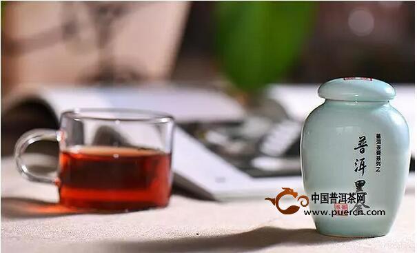 """药香绵滑的普洱茶中""""金子"""""""