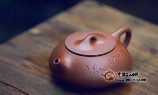 新手在选购紫砂壶时有哪些地方需要注意呢?