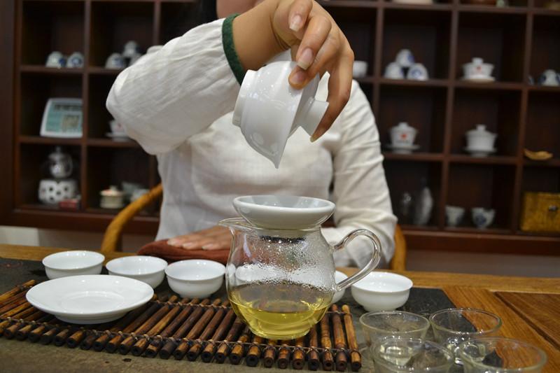 普洱茶的冲泡都有些什么步骤?丨第三十五期
