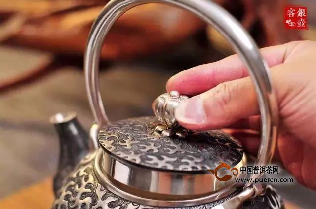 中式茶道与日式茶道有什么本质的区别?