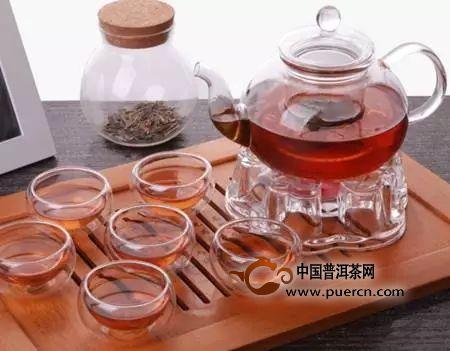 除了紫砂壶,还有哪些茶具适合泡红茶?