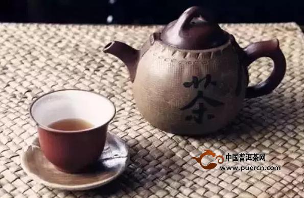 当我们老了,泡一壶茶,享受时光