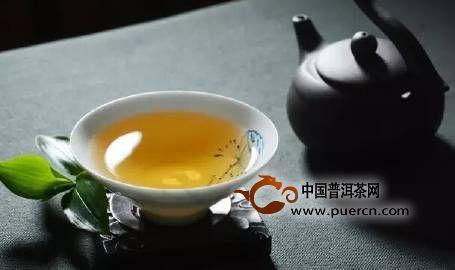 喝茶养生的四大原则:早、少、淡、温
