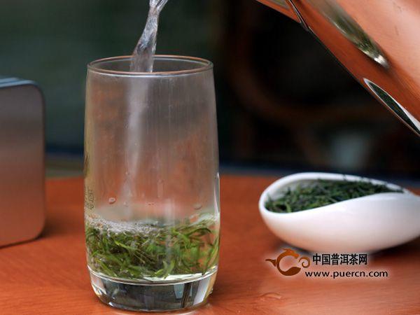 亚博体育 APP掌握这些泡茶的小技巧, 您的茶就会让客人赞不绝口.