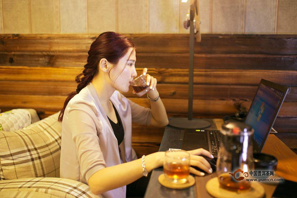冬日喝红茶的功效与禁忌