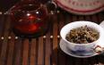 怎么用紫砂和盖碗来冲泡陈年普洱?