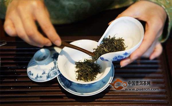 泡茶讲究的是礼仪,展现的是诚意