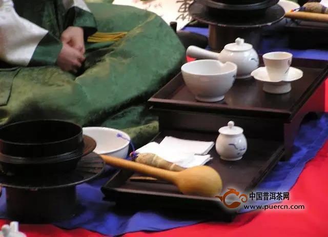 春节置办年货为何要送茶?