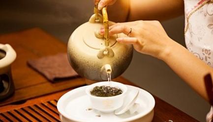 四种常见的冲茶手法,你用的是哪种?