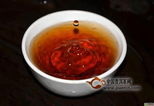 喝普洱茶解药性吗