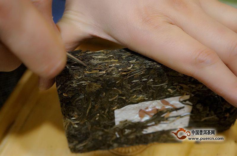 普洱茶砖怎么弄开