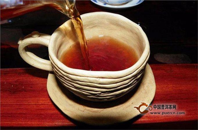 女人喝红茶养生的好处