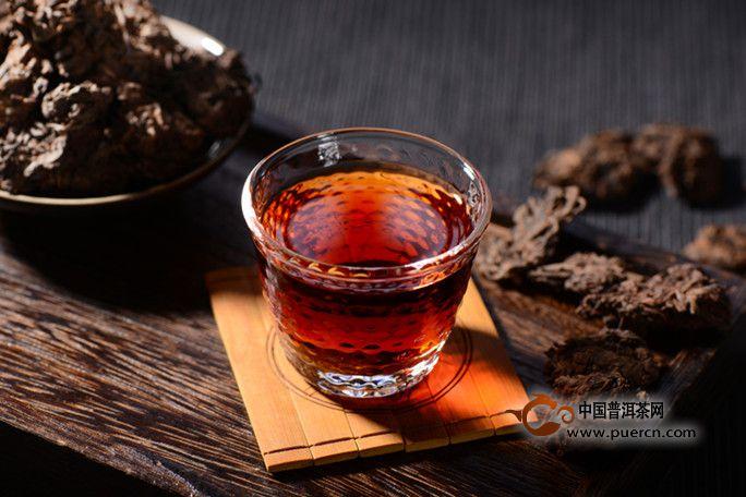 普洱老茶头具有的特点以及冲泡方法