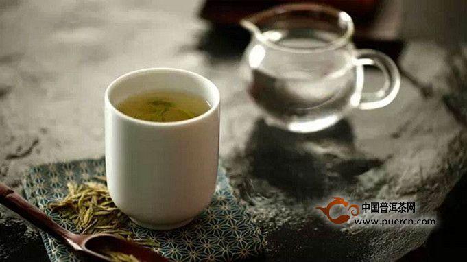 生普洱茶和熟普洱茶有什么不同的功效呢