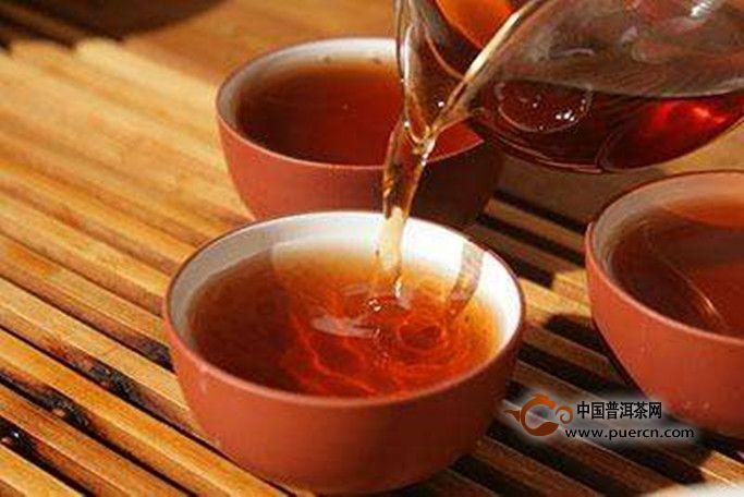 早上起来能空腹喝普洱茶吗