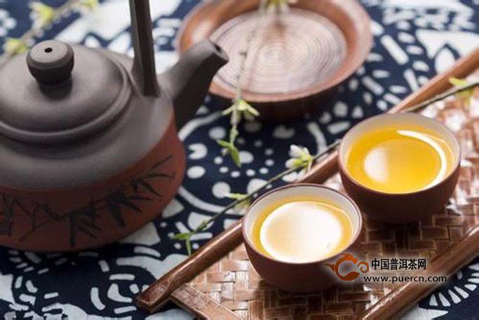 黄茶什么季节饮用才好