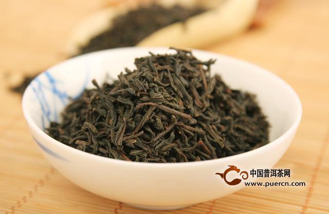 劣质茶特征:当闻到这几种味道就可以判断不是好茶了