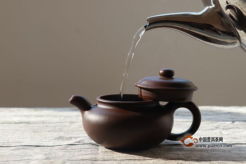 泡茶用多少度的水比较好