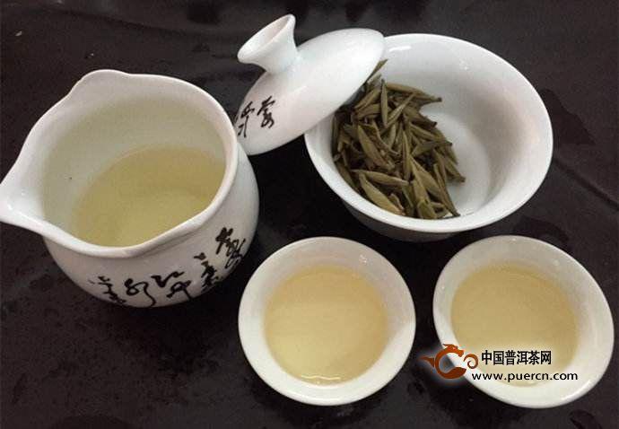 白毫银针茶的品质特点