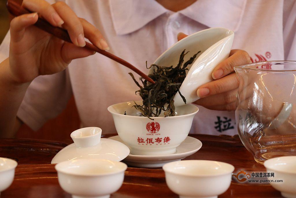 怎么用盖碗冲泡普洱茶