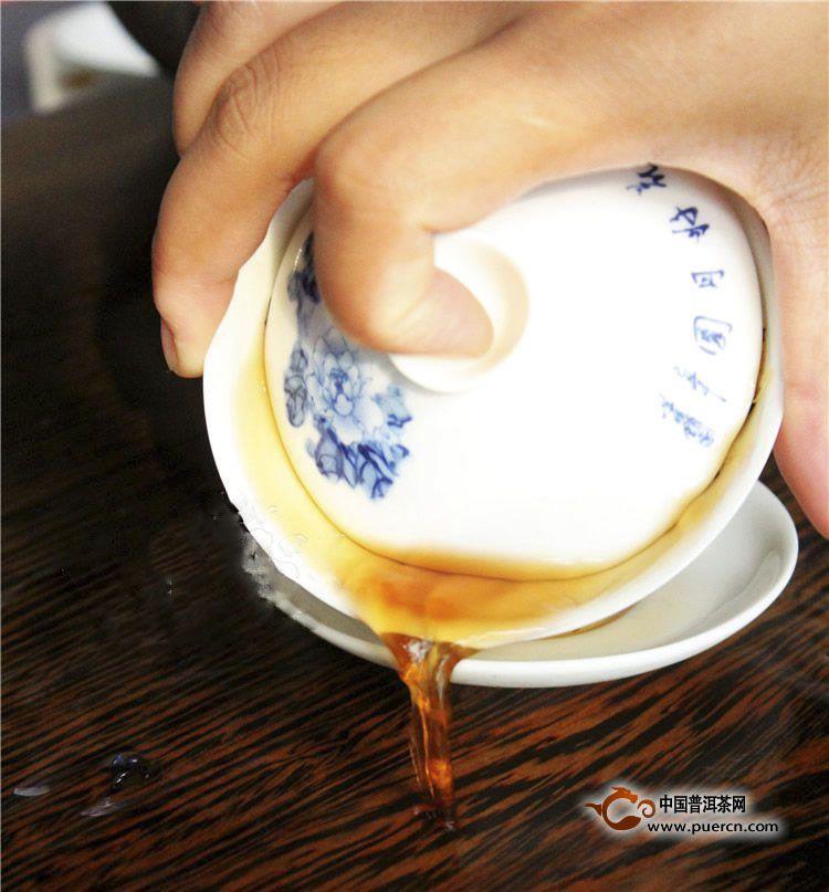红茶第一泡要倒掉吗