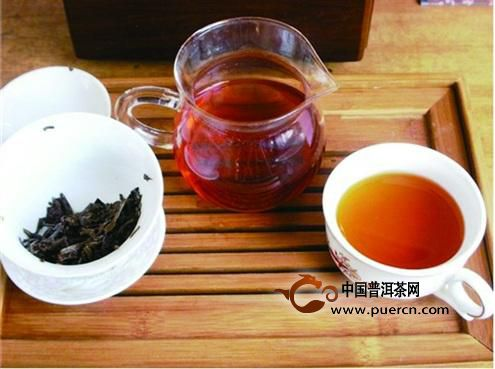 夏天多喝红茶有怎样的好处?