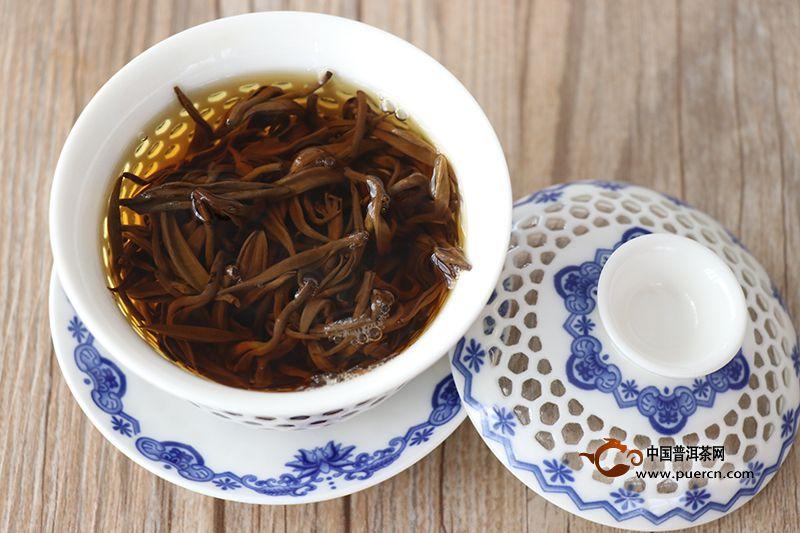 红茶的冲泡有哪几个步骤