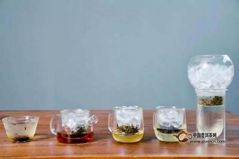 大暑天,凉爽不过一杯冷萃茶