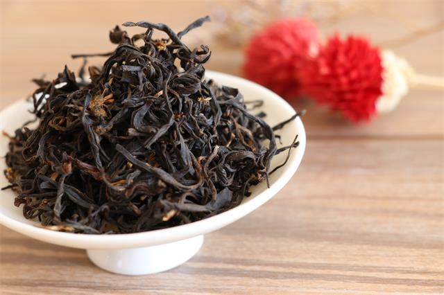 红茶茶盐鸡脯的做法