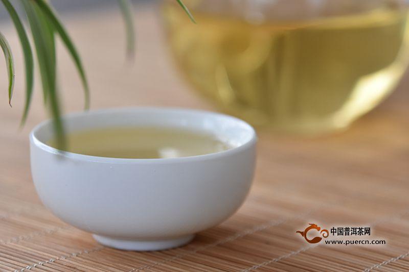 泡茶的水味太重是什么回事?