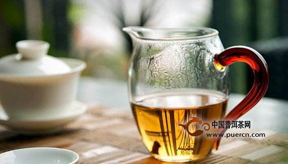 存老白茶,新茶就不喝了吗?