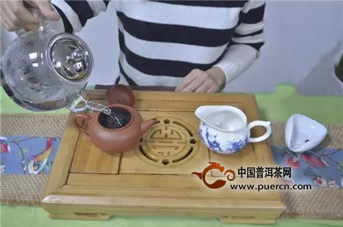大红袍紫砂壶适合泡什么茶